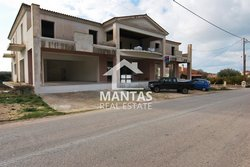Commercial Property for rent - Peratata Municipality of Livathos
