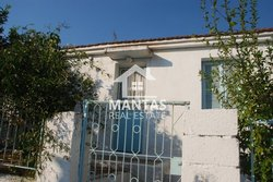 House for sale - Poriarata Municipality of Livathos